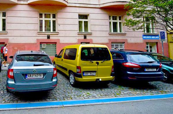 Parkolás Prágában